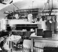kitchen-1901-prep