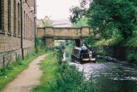 A cruise along the Huddersfield Narrow Canal (1063)
