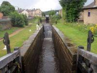 A cruise along the Huddersfield Narrow Canal (915)