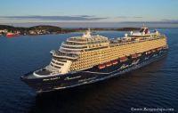 Mein Schiff 1 sails into Stavanger