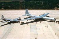 Convair B-36 Peacemaker and a Boeing B-29 size comparison
