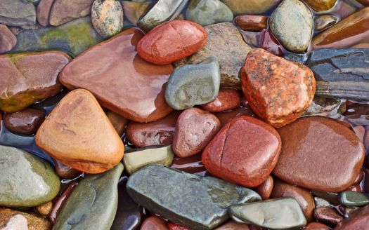 sea-washed stones