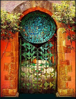 Copper door in Mexico City
