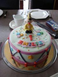 birthday cake Emilie 1 year