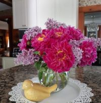 Flowers from the garden to pretty up the kitchen island
