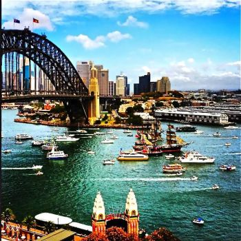 AUSTRALIA - SYDNEY HARBOUR BRIDGE & HARBOUR