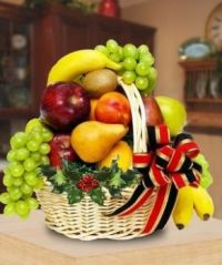 Gift Basket.....  Delicious Fresh  Fruit  !