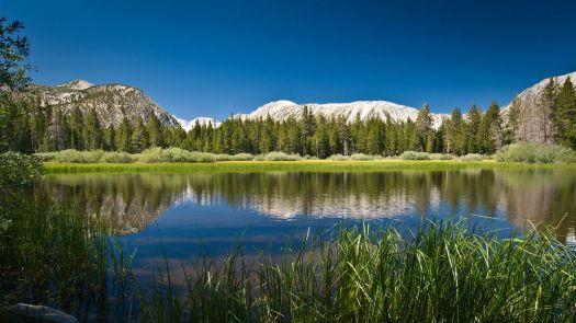 4171562-mountain-lake
