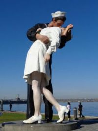 Unconditional Surrender Statue - San Diego