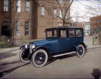 1921 Nash sedan