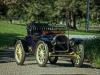 baker model w runabout -1912
