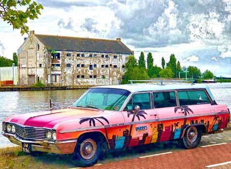 Colorful car in Wormerveer
