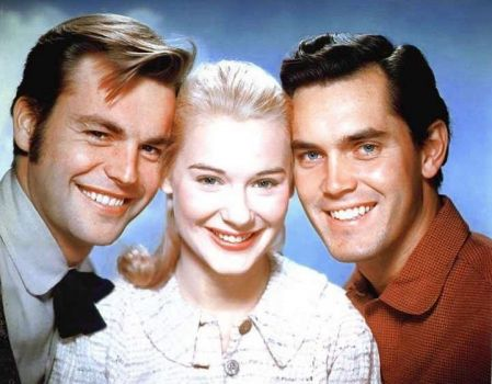 ROBERT WAGNER, HOPE LANGE & JEFFREY HUNTER in THE TRUE STORY OF JESSE JAMES - 1955