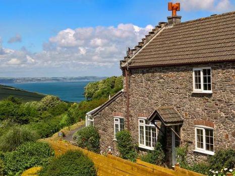 Wisteriea Cottage, Lamacraft Farm