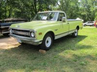 1970 Chevy C20 Pickup  2