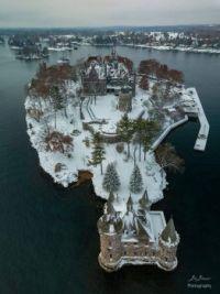 boldt castle in snow