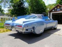 1971 Buick Riviera Tucker style rear
