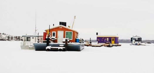 Houseboats frozen into the ice - revisited