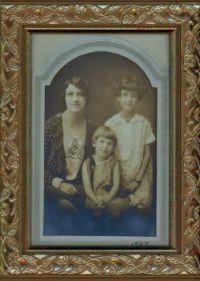 Vintage Family - 1927