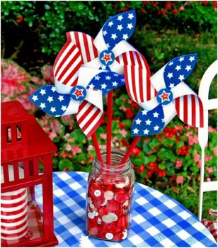 Table Set for July 4 Fun