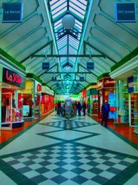 HDR of Hildred's Shopping Centre, Skegness - 17th May 2008