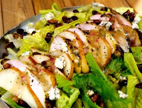 Grilled chick salad close
