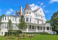 1892 Victorian Home in IL