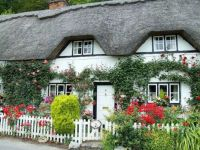 Wherwell, Thatched cottage