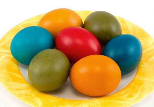 colored-easter-eggs