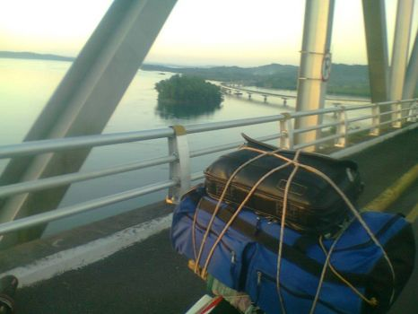 top of san juanico bridge looking toward samar