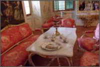 Zámecký pokoj...  Chateau room ...