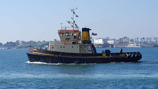 Tug in Plymouth Sound