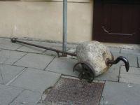 Seen in old Villnius, but what is it?