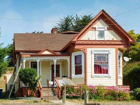 Small victorian, Point Arena, CA, by Frank Schulenburg (pic cropped)