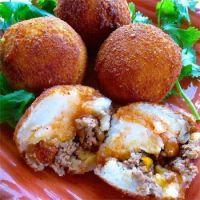 Puerto Rican PaPas Rellenas : Fried Stuffed Potatoes