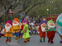 Dwarf Parade courtesy PDPphoto.org