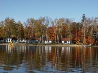 Cottages-on-Oxtongue-Lake-near-Algonquin-Park-