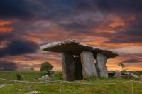 Poulnabrone Tomb, Dolmen at the Burren, Ireland