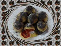 Švestkové knedlíky s makovým posypem...  Plum dumplings with poppy strewn ...