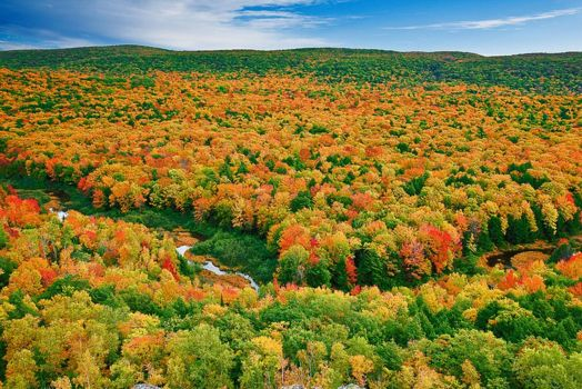 PORCUPINE MOUNTAIN, MICHIGAN