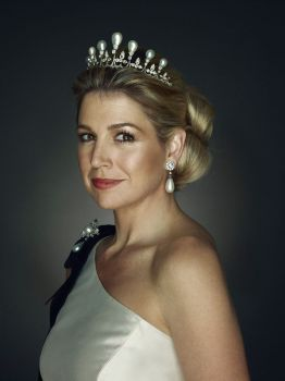 h k h maxima of holland