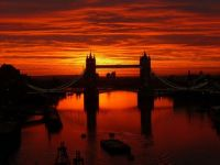 Sunrise over Tower Bridge