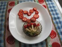 PLAYING WITH FOOD 2 OF 4