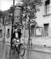 Noodle Delivery Boy, Tokyo, 1935