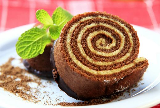 Cocoa Pastry Roll