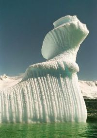 "iceberg - looks like profile of Queen Elinor in ""Brave"""