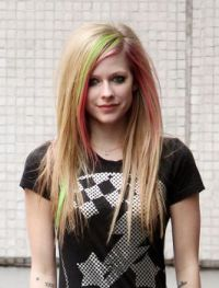 avril lavigne BY:BRITTANY G.