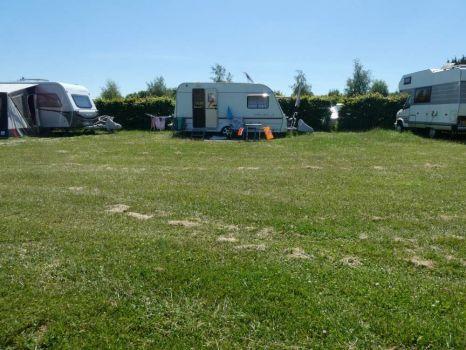 Lots of space for everyone on the campingsite in Rockanje, De Houten Paardjes