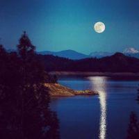 Moon Over Lk Shasta