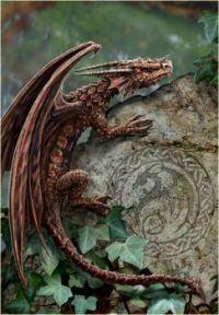 Spiny Woodland Hopper Dragon (small)